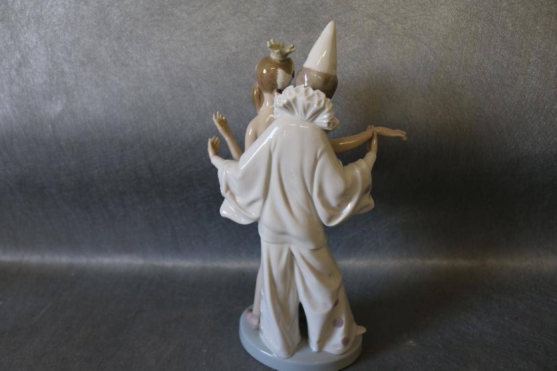 Lladro Figurine, Ballerina with Clown - 4
