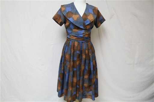 a6574ecef424 Vintage Betty Barclay 1950 s 60 s Circle Print Dress