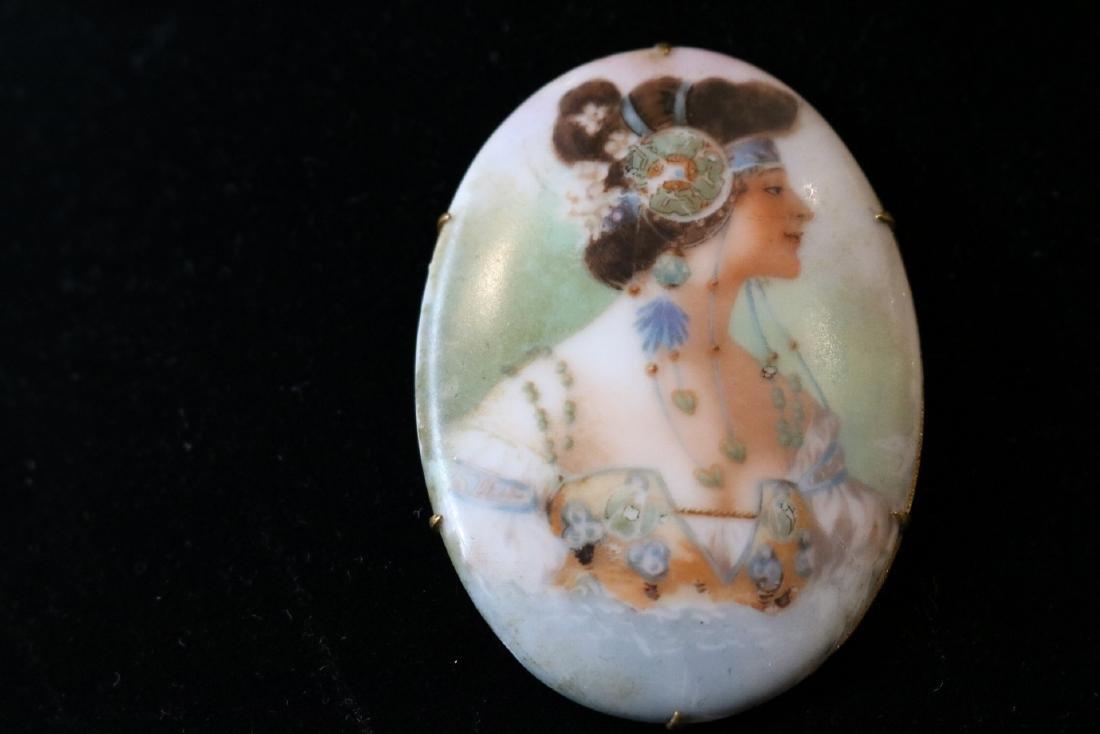1920's Vintage Porcelain Brooch