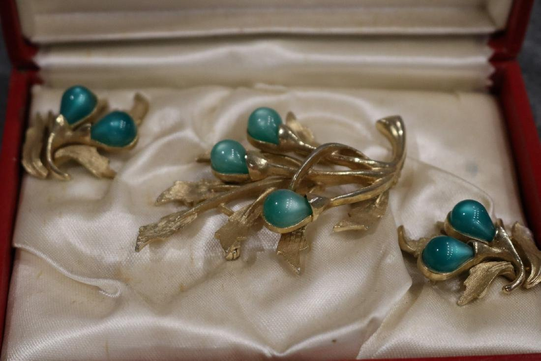 Vintage Caroline Emmons 3 piece brooch & earring set