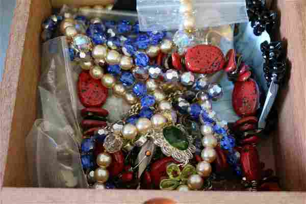 Vintage Large Lot of Mixed Costume Jewelry