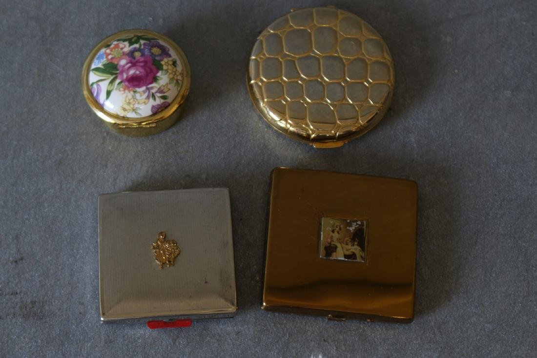 Vintage Lot of 4 Compacts