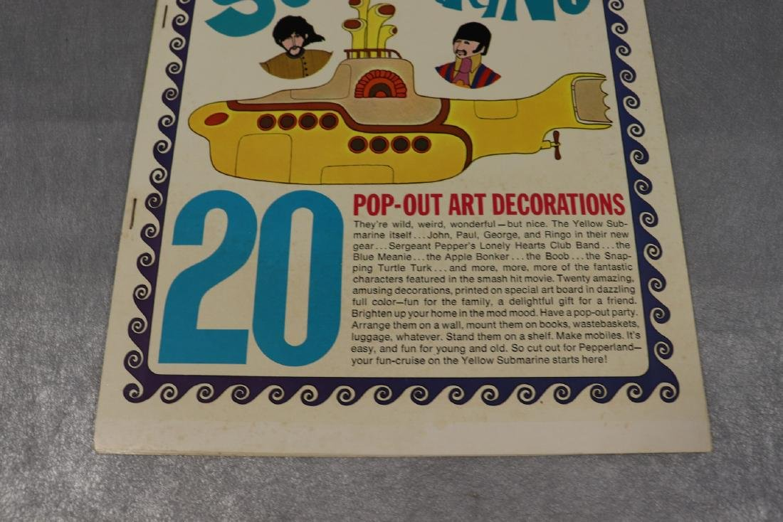 1968 The Beatles Yellow Submarine Pop Out Decoration - 2