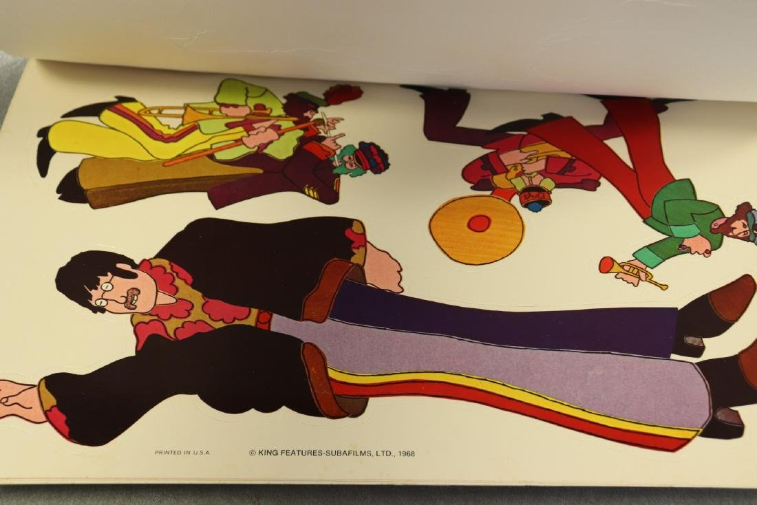 1968 The Beatles Yellow Submarine Pop Out Decoration - 8