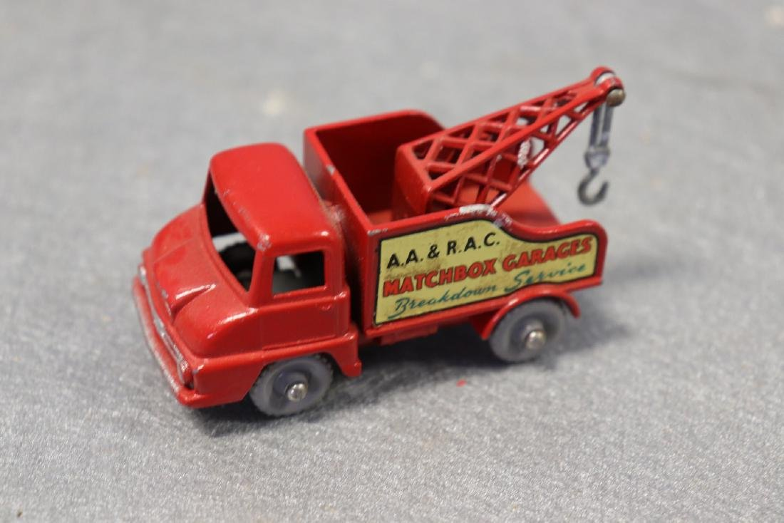 Vintage Matchbox Garages Breakdown Service Wrecker,