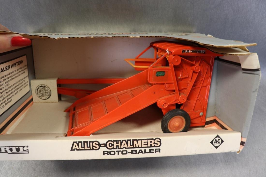 Ertl Allis-Chalmers Roto-Baler - 2