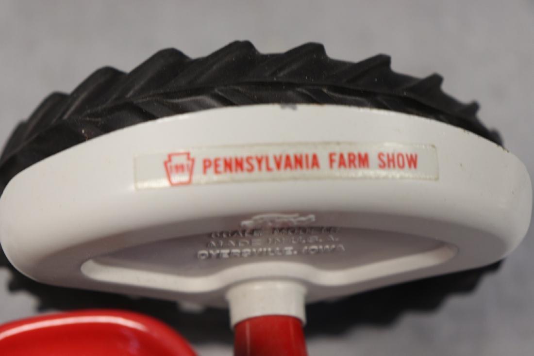 Ford #961 Powermaster Tractor - 4