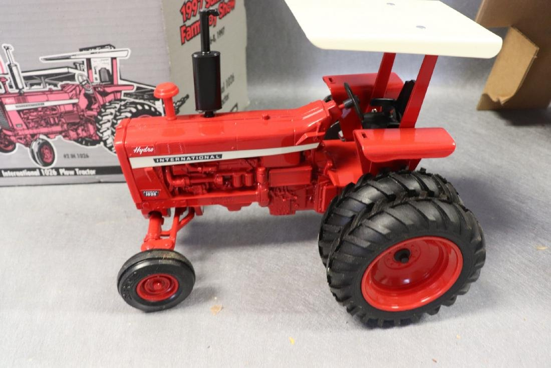 1997 Ertl Collector Edition National 1026 Tractor - 2