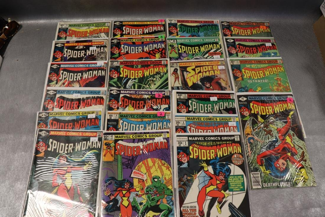 Lot of 22 Marvel The Spider-Woman Comics