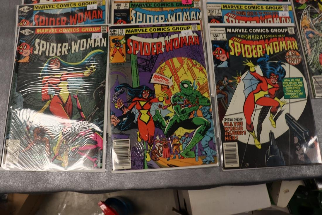 Lot of 22 Marvel The Spider-Woman Comics - 2