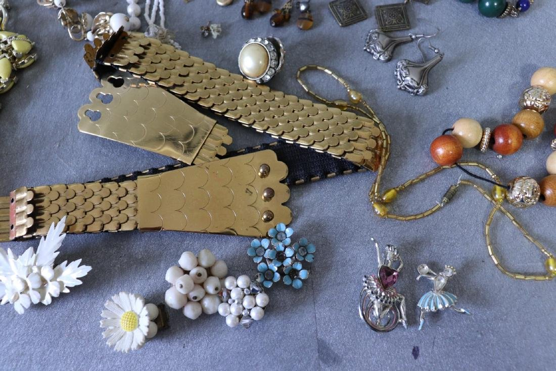 Large Lot Costume Jewelry, Earrings, Faux Pearls, Pins, - 5