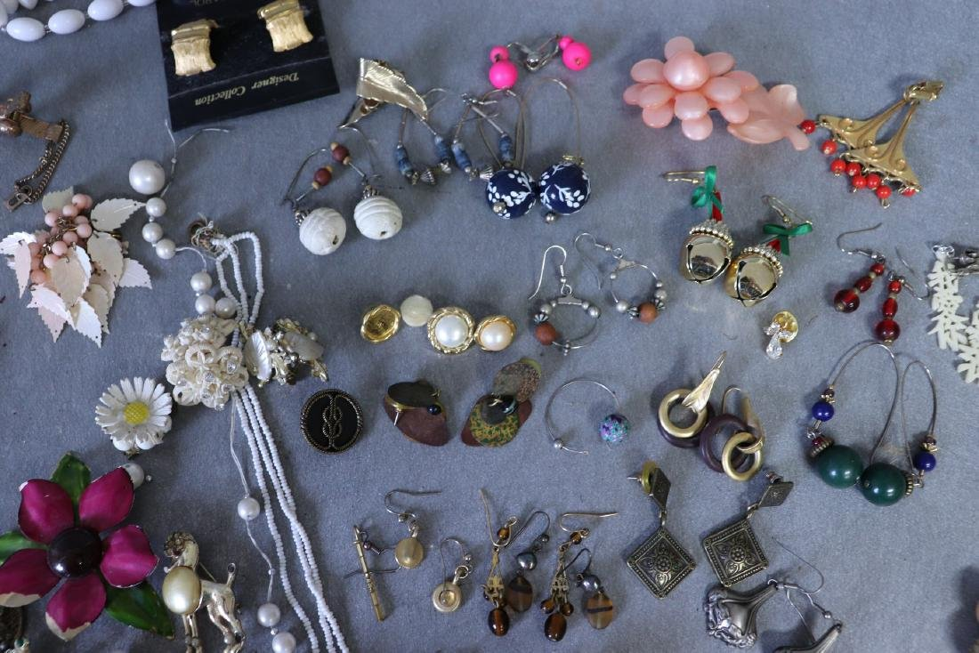 Large Lot Costume Jewelry, Earrings, Faux Pearls, Pins, - 6