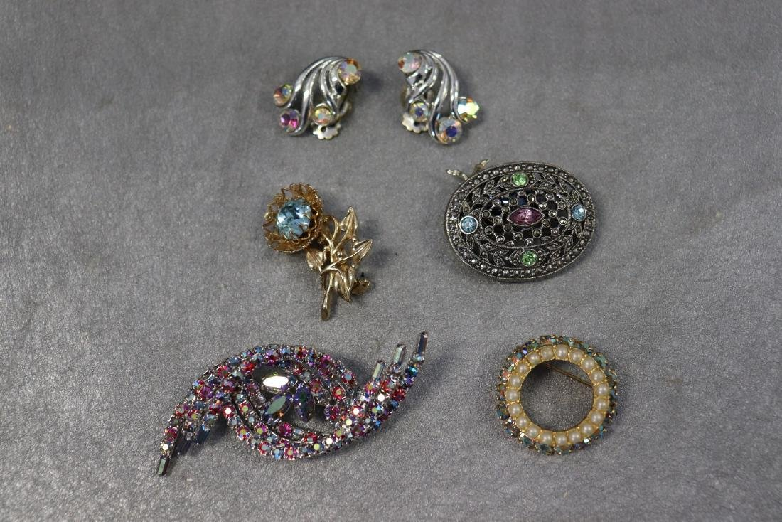 Lot of 5 Vintage Pins W Rhinestones and Pair of Clip-on