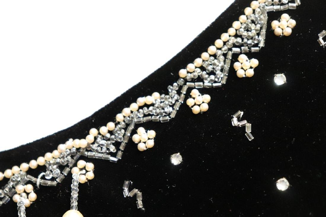 1950's Black Velvet & Beaded Evening Dress - 7