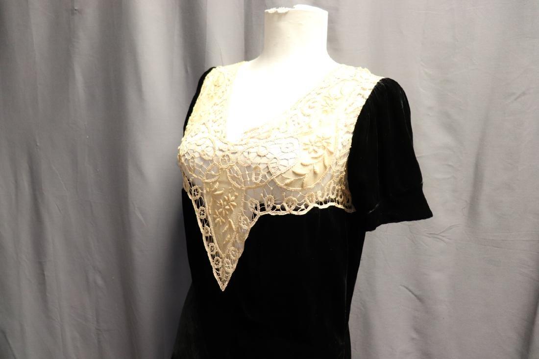1930's Velvet & Lace Dress Top - 6