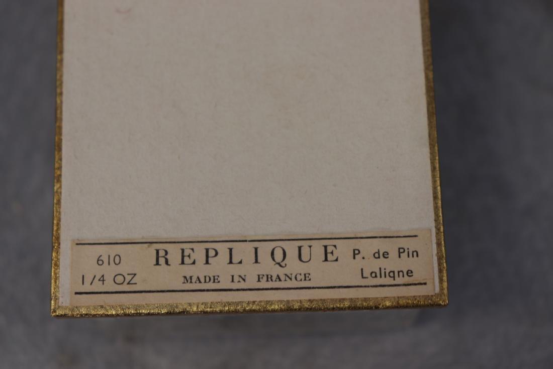 Lalique Raphael Perfume Bottle, Acorn Shape - 3