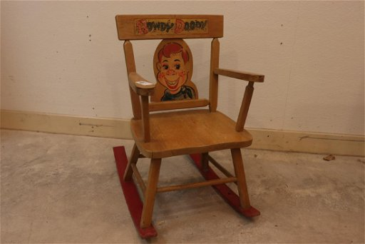 Pleasant Vintage Howdy Doody Childs Rocking Chair Beatyapartments Chair Design Images Beatyapartmentscom