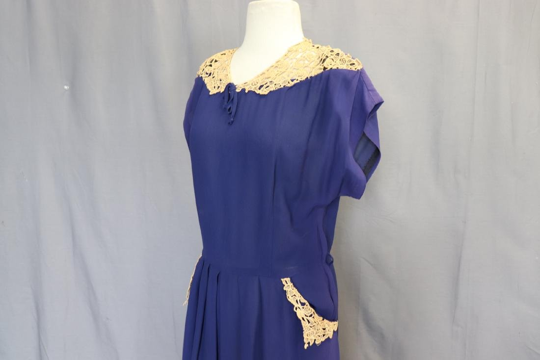 1940's Lace Trimmed Day Dress - 4