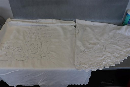 Lot Of 2 Vintage Tablecloths With Embroidery