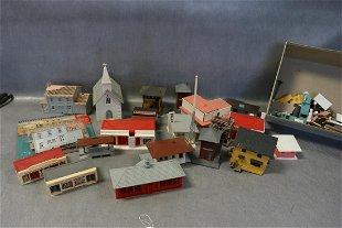 Vintage Aurora HO Slot Cars #2 - Oct 17, 2012 | Embassy Auctions