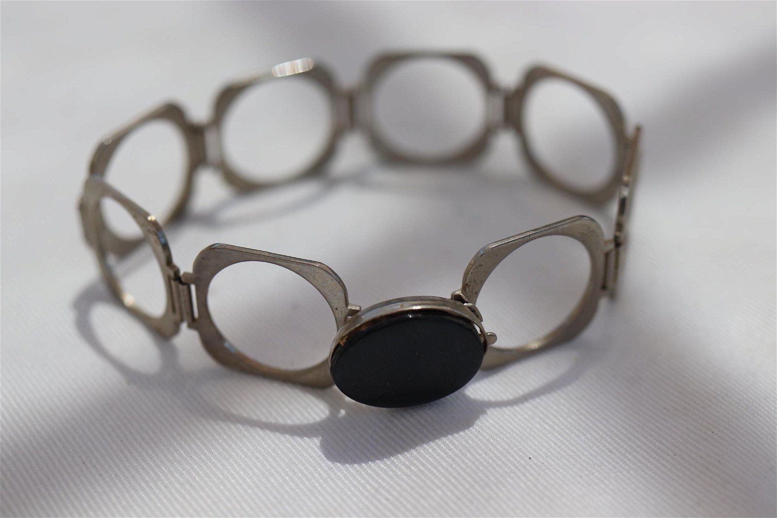 Vintage Silver tone Chain Bracelet w Black Stone