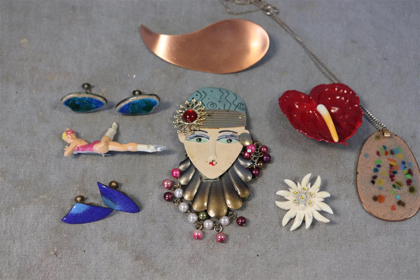 Lot Large Brooch Pins, Necklace, Earrings