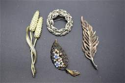 Lot of 4 Vintage Leaf Style Brooches