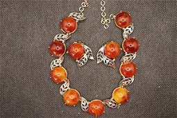 Vintage Charel Bakelite Swirl Apple Necklace & Earring
