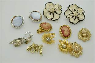 A lot of seven pairs of vintage clip on earrings.