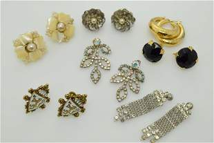 A lot of seven pairs of vintage earrings.
