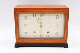 Vintage Seth Thomas Wood Case Clock Model E515-003
