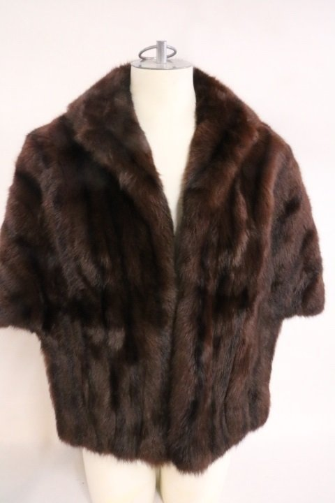 Vintage 1950's Mink Caplet by Rooks, Beautiful dark