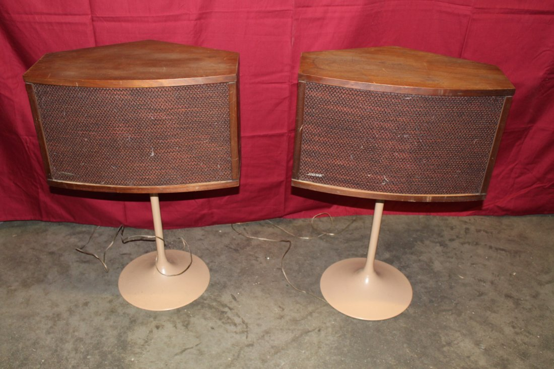 bose 901 vintage. vintage 901 series bose iv speakers on tulip stands
