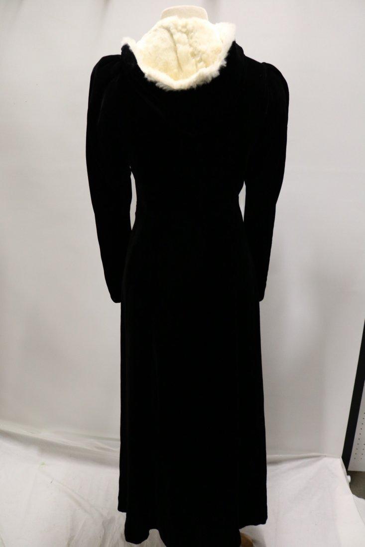 Ladies Vintage Black Velvet Full Length Opera Coat with - 5