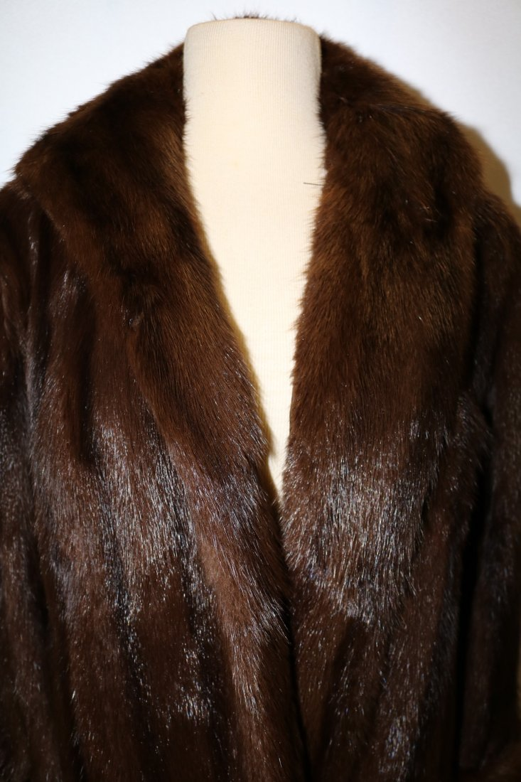 Ladies Vintage Full Length Brown Mink Coat - 2
