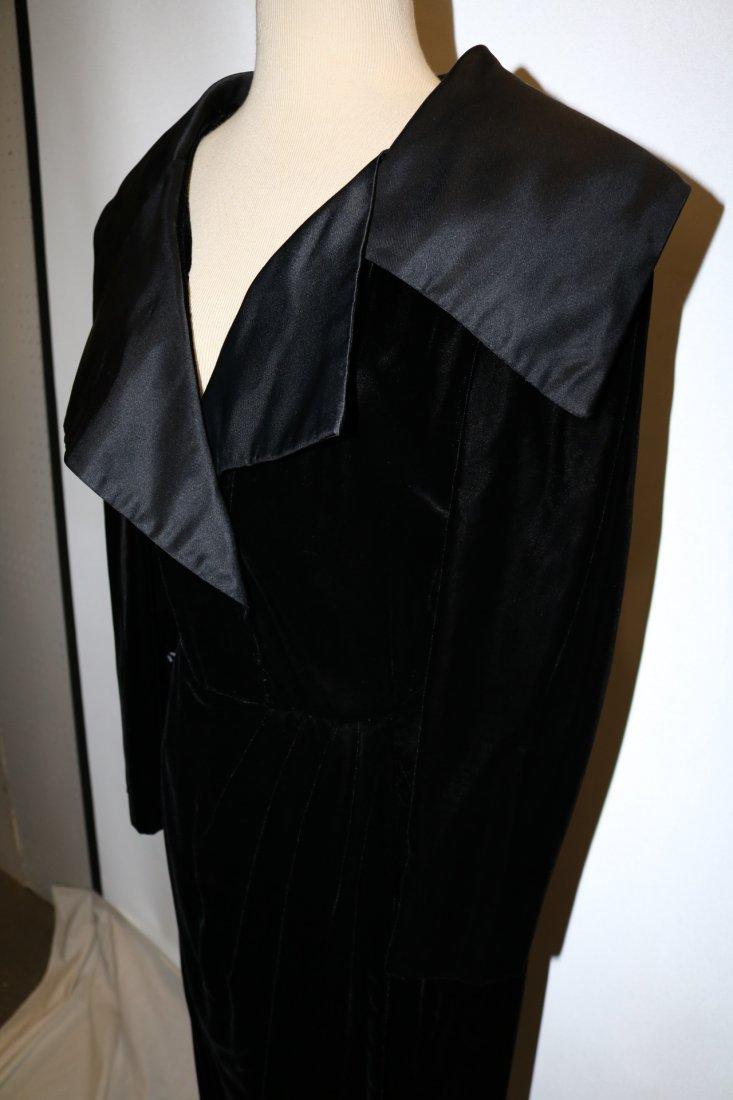 Vintage Ladies Velvet & Satin Full Length Gown by - 3