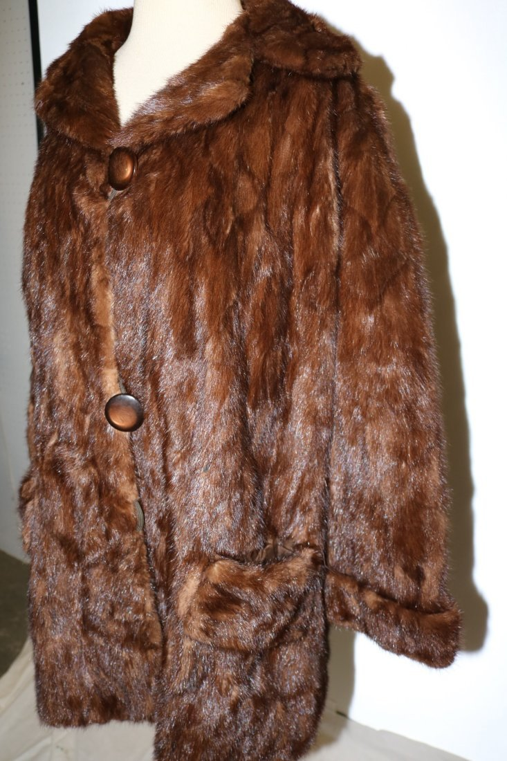 Dark Brown 1950's Ladies Vintage Mink Coat - 4