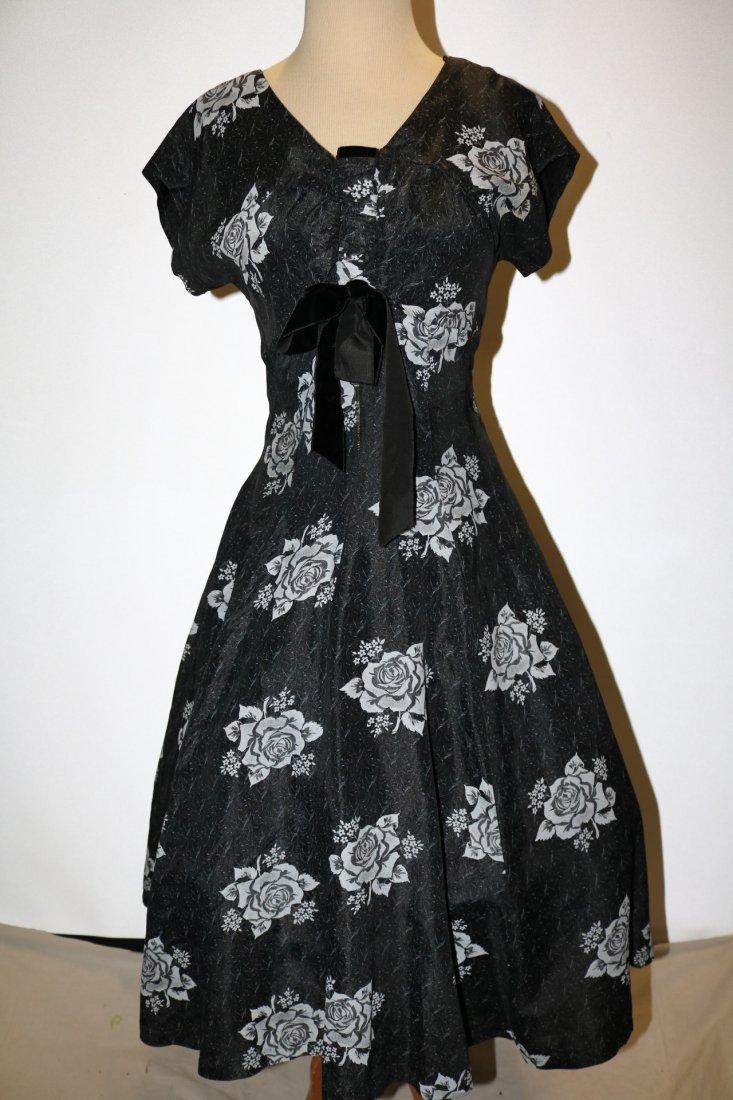 1950's Sweat Heart Bodice Princess Circle Dress in