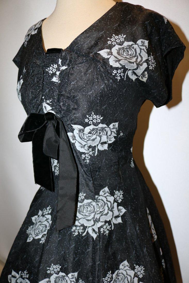 1950's Sweat Heart Bodice Princess Circle Dress in - 3