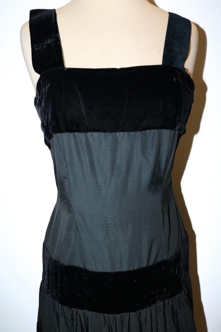 1940/50's Black Velvet & Taffata Gown - 2