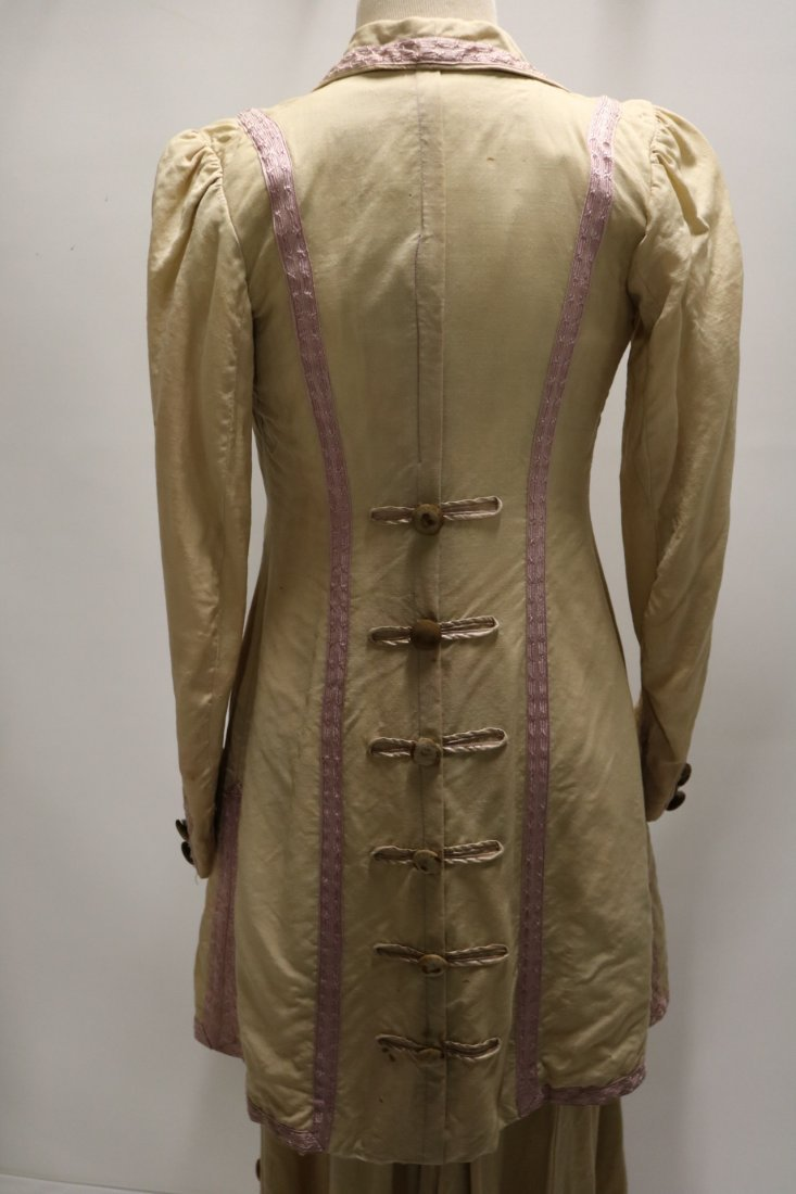Edwardian 2 piece Walking Dress and Jacket with Lilac - 4