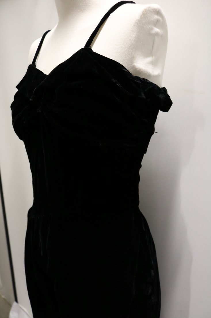 1940's Velvet Spahgetti Strap Dress with Ruched Bodice - 4