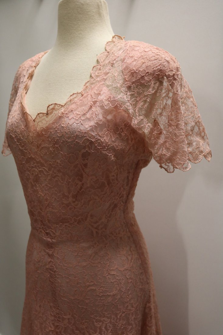 1930's Pink Lace Sweat Heart Fitted Bodice Gown - 4