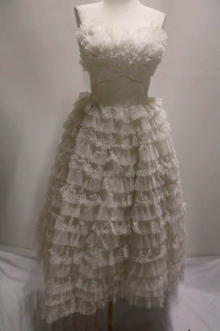 1950's White Strapless Sweat Heart Bodice Ruffled Lace