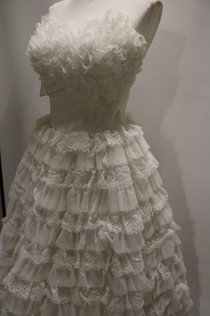 1950's White Strapless Sweat Heart Bodice Ruffled Lace - 3