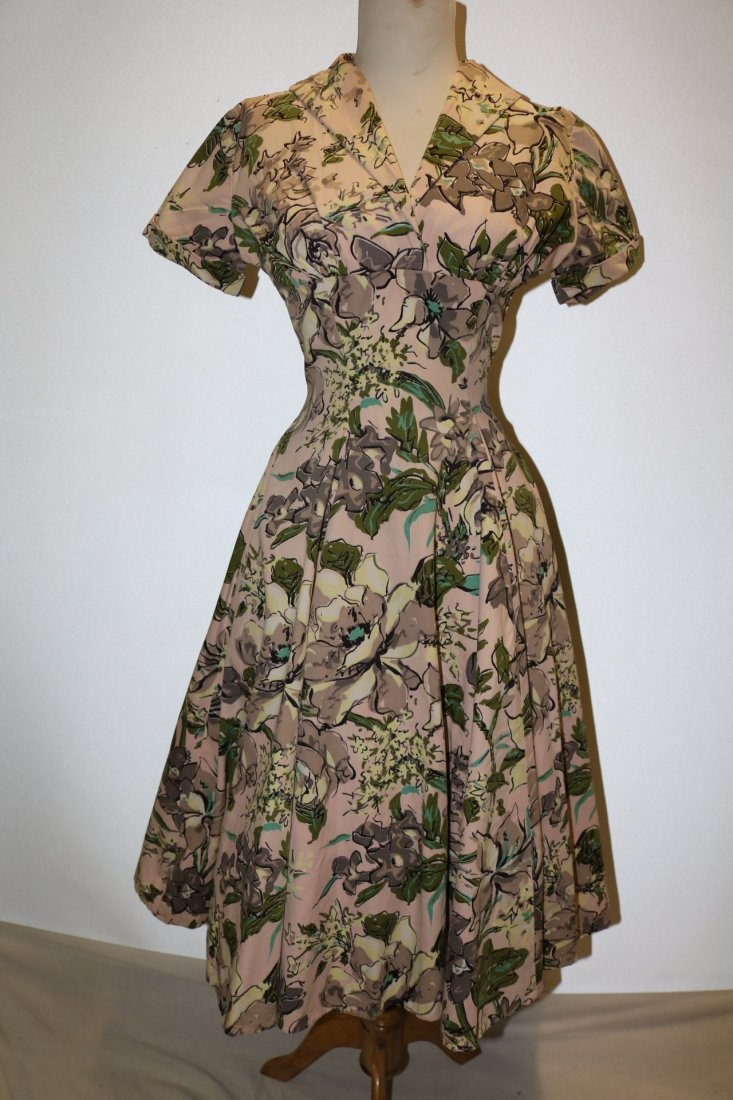 late 1940's Floral Cotton Fit to Flare Shirt Waist