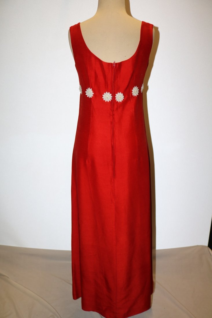 Vintage 1960s cherry red slubbed rayon floor length - 5