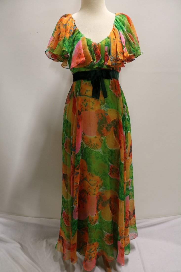 Vintage 1970s orange, green and pink large scale floral