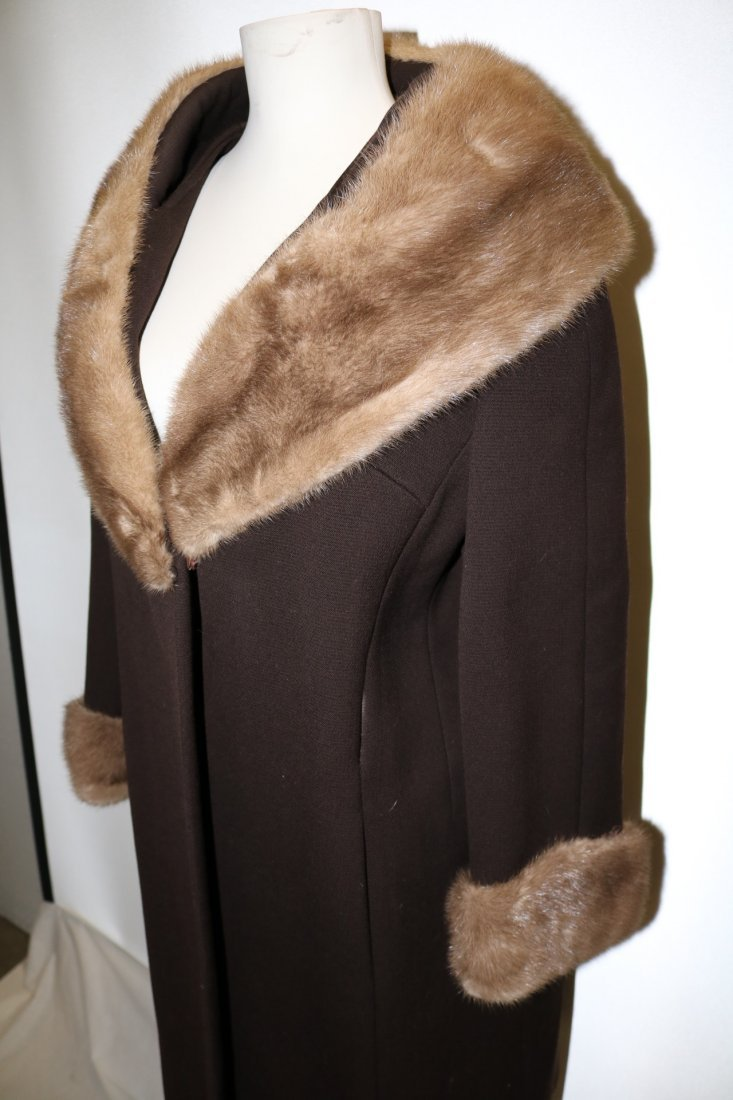 1960's Brown Wool Coat with large Fur Shawl Collar by - 3