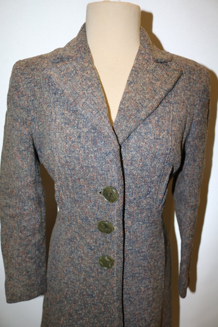 Vintage 1950's Woman's Coat with gray, pink, blue fleck - 2